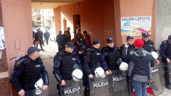 Aktivisti: Izvršitelji da pomognu u žarištima epidemije umesto što iseljavaju ljude 3