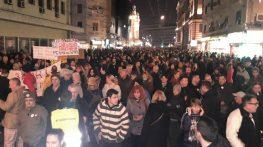 """Vidojković na protestu """"1 od 5 miliona"""": Građani su Vučićevi taoci (FOTO, VIDEO) 14"""