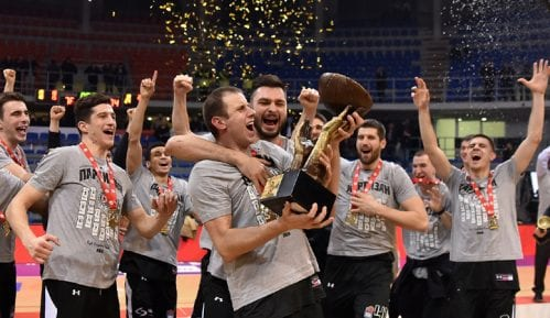 Košarkaši Zvezde otišli pre ceremonije proglašenja pobednika Kupa Koraća 3