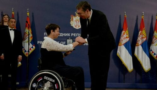 Odlikovana 93 pripadnika Ministarstva odbrane i Vojske Srbije 11
