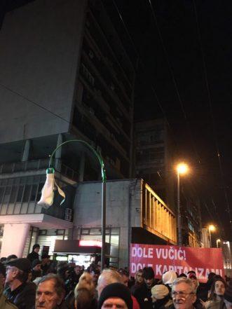 """Vidojković na protestu """"1 od 5 miliona"""": Građani su Vučićevi taoci (FOTO, VIDEO) 3"""