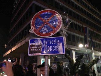 """Vidojković na protestu """"1 od 5 miliona"""": Građani su Vučićevi taoci (FOTO, VIDEO) 10"""