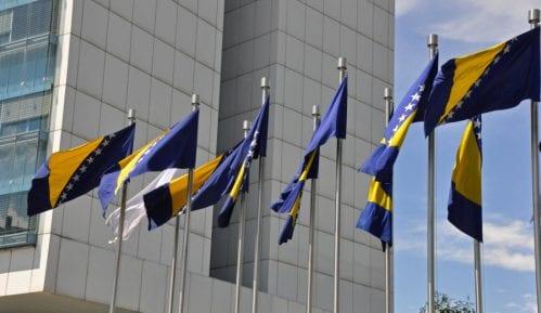 Ambasade SAD, Nemačke i Velike Britanije: Udaljavanje od EU standarda u BiH 2