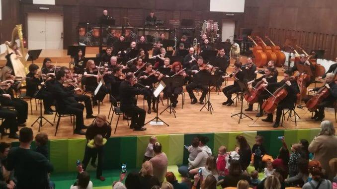Filharmonija svira za bebe u Novom Sadu i Smederevu 1