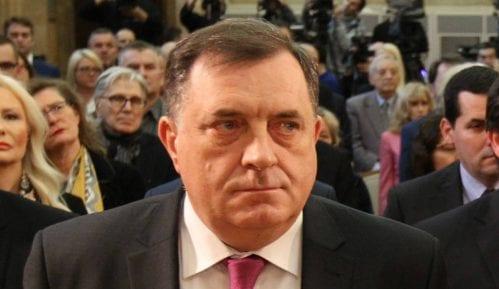Dodik optužio SDA da namerava da naoruža Bošnjake i tvrdi da je o tome obavestio Vučića 8