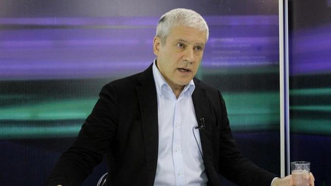 Tadić: Jedino jaka opoziciona stranka, a ne pokreti i NVO, može da sruši režim 1