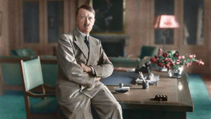 Neuspela prodaja Hitlerovih slika na aukciji 1