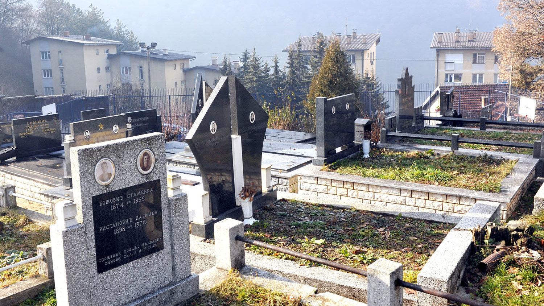 U Beogradu i do 80 odsto više sahrana ovog decembra nego u 2019. 1