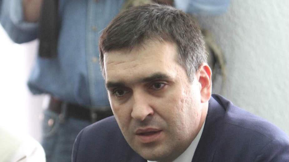 Uklanjanjem Radomira Nikolića počela čistka SNS-a u Kragujevcu? 1