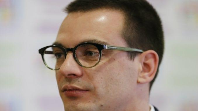 SZS Beograd osudio deljenje letaka sa likom Marka Bastaća i za to optužio SNS 4