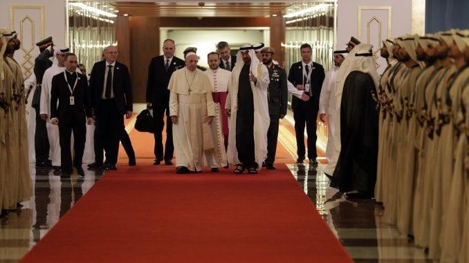 Papa doputovao u istorijsku posetu Abu Dabiju 1
