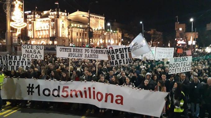 Marčelo na protestu u Beogradu: Vučiću, siđi sa trona laži i sujete (VIDEO) 3