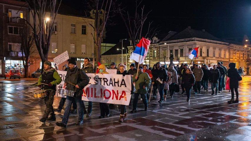 Protesti 1 od 5 miliona u više gradova (VIDEO, FOTO) 17