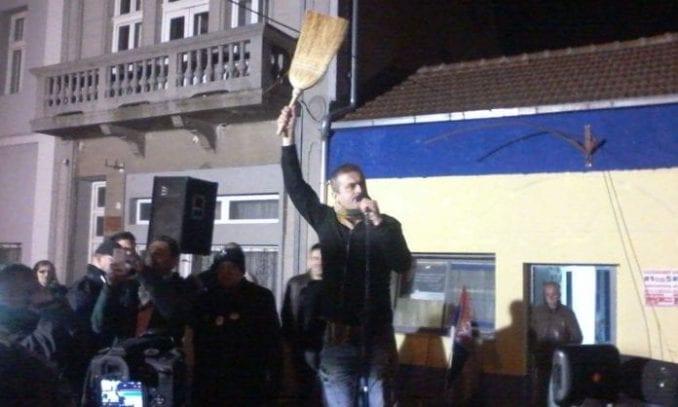 Trifunović: Šest ili sedam ljudi vadilo Babića sa mesta vozača 1