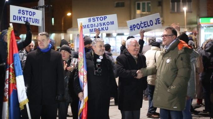 Nastavljeni protesti u Srbiji (VIDEO) 1