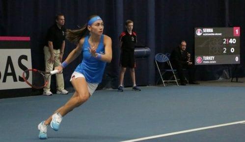 Pobeda srpskih teniserki za plasman u plej-of 4