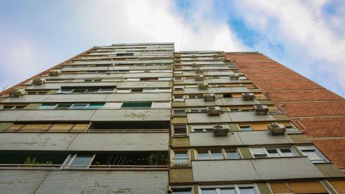Republička direkcija za imovinu negirala odgovornost za izbacivanje Beograđanke iz stana 3