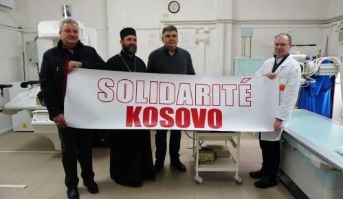 """""""Solidarnost za Kosovo"""" donirala bolnice u Gračanici i Pasjanu 4"""