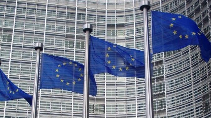 Moguće odlaganje post-Bregzit pregovora EU i Britanije zbog korona virusa 3