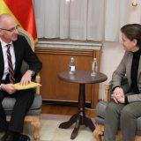 Šib sa Brnabić: Nemačka će nastaviti da insistira da kosovske takse budu odmah povučene 10