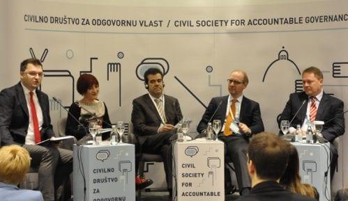 CRTA: Demokratska Srbija, a sloboda ograničena 5