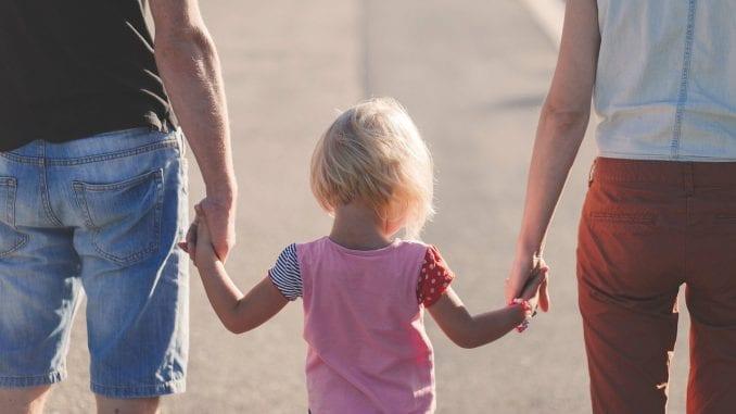 Više od 13.000 mama oštećeno Zakonomo finansijskoj podršci porodici sa decom 1
