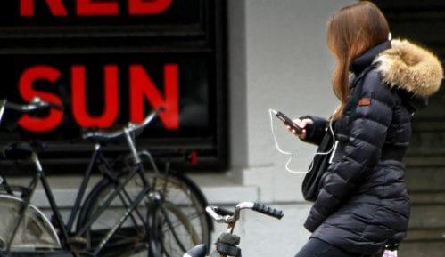 Holandija: Od jula zabranjeno koristiti mobilni na biciklu 15