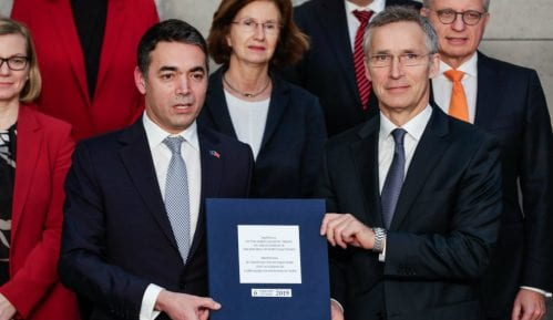 Makedonska Vlada sutra ističe NATO zastavu 14