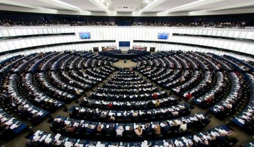 Glavna tema - izborni uslovi u Srbiji 12