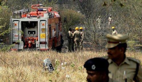 Indija: Dva pilota stradala u padu aviona 3