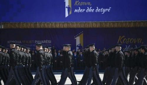 KBS paradirale u centru Prištine; Tači: Ne zaboravimo genocid 3