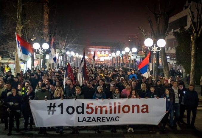 Organizatori protesta u Lazarevcu najavili tužbu zbog mobinga 1