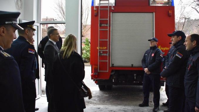 Stefanović: Nastavljamo sa opremanjem i igradnjom kapaciteta policijskih uprava 1