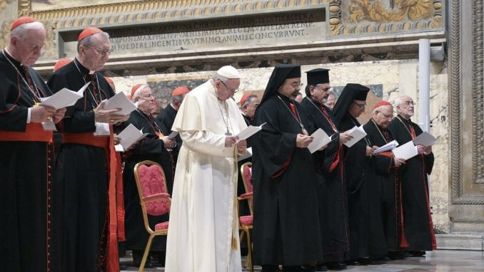 Vatikan usvaja politiku zaštite dece 1