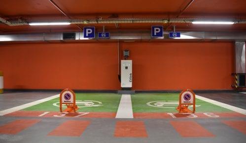 """Otvorena garaža """"Pionirski park"""" 2"""