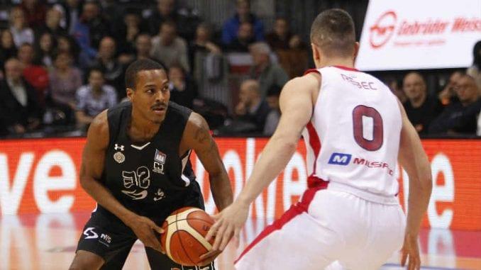 Partizan i Zvezda u finalu Kupa Radivoja Koraća 1