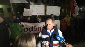 """Vidojković na protestu """"1 od 5 miliona"""": Građani su Vučićevi taoci (FOTO, VIDEO) 13"""