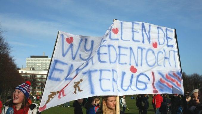 Holandija: Oko 3.000 učenika traži oštriju borbu protiv klimatskih promena 1