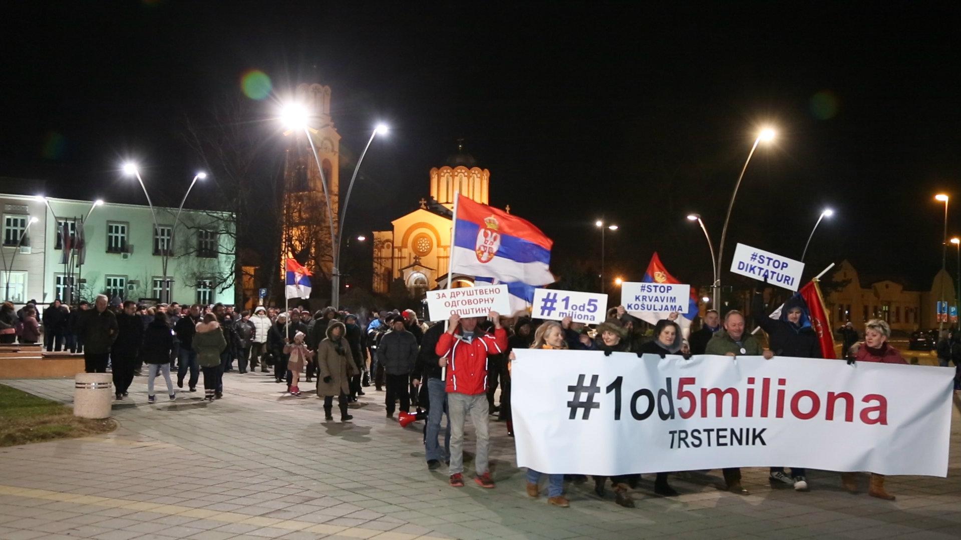 Nastavljeni protesti u Srbiji (VIDEO) 4