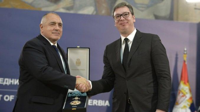 Vučić na dodeli odlikovanja: I pred izazovima rukovodimo se slobodom i mirom 1
