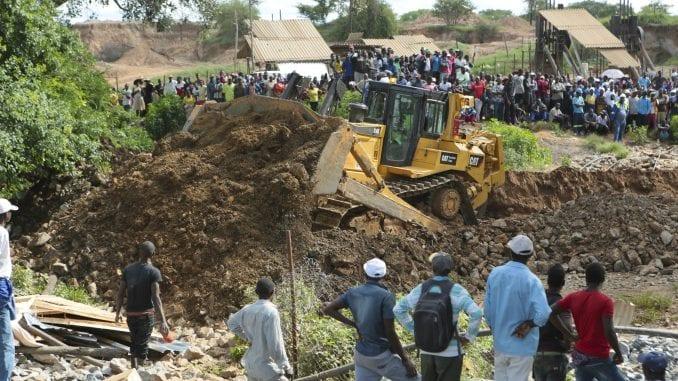U Zimbabveu 70 rudara nestalo u poplavljenim rudnicima 1