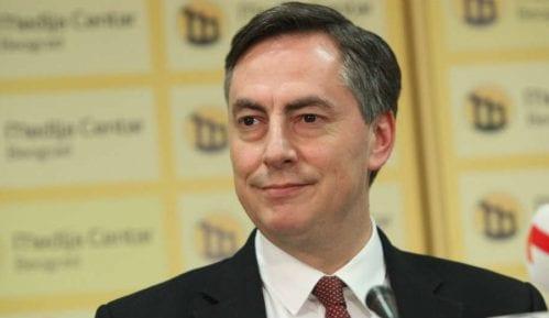 Zapad podržava Vučića zbog kosovskog pitanja 12