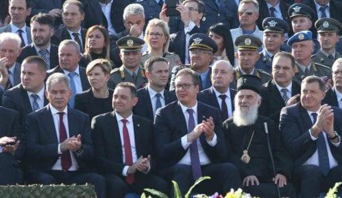 DW: Svrha vojne parade u Nišu veličanje Aleksandra Vučića 13