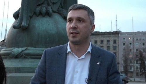 Obradović: Stefanović prvo da pokaže diplomu 14