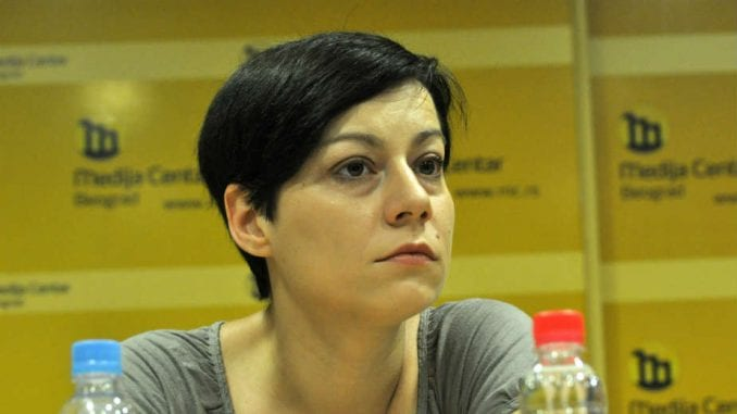 Maja Stojanović (Građanske inicijative) 4. decembra odgovara na Fejsbuku 2