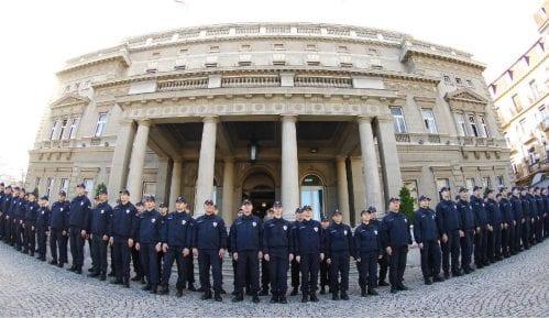 Da li milicija nastavlja gde je policija stala? 15