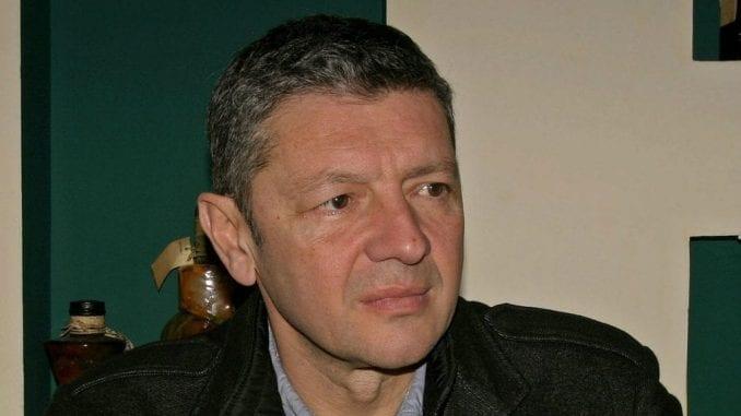 "Jugoslav Ćosić tuži stranicu ""Srbija naša zemlja"" jer je objavila njegov JMBG 1"