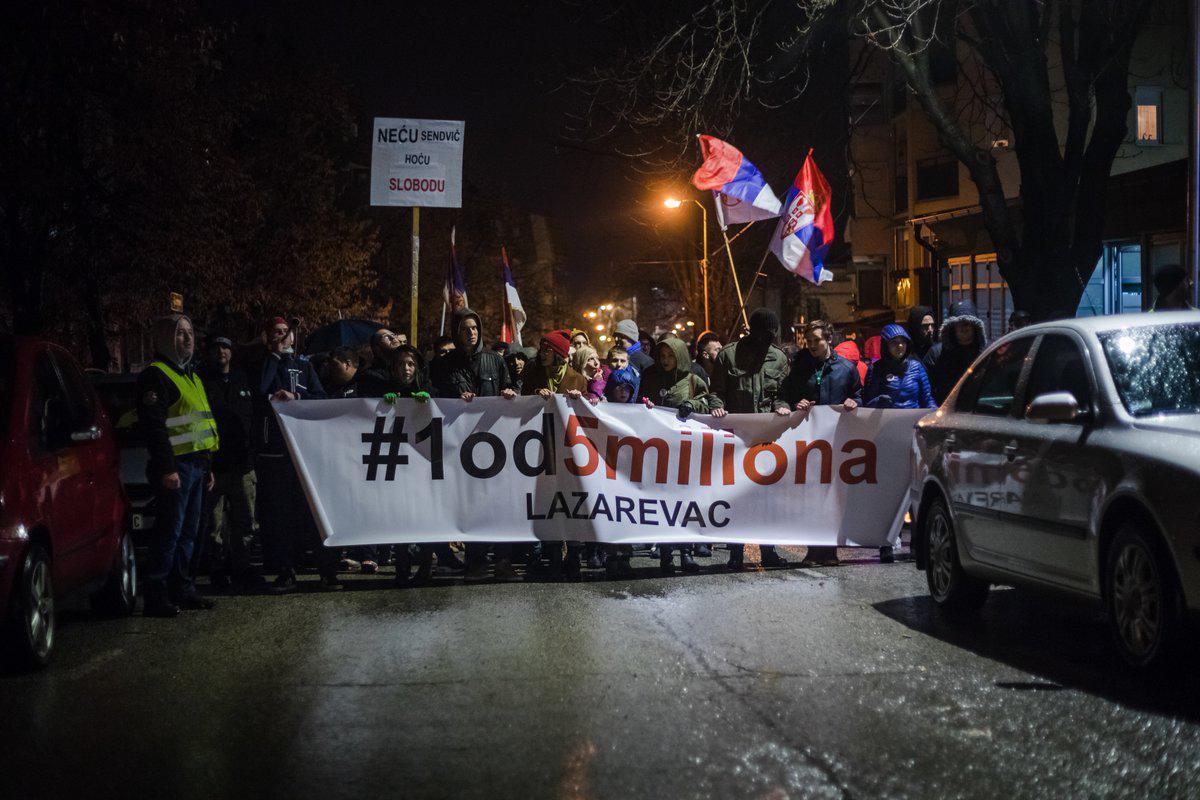 Protesti 1 od 5 miliona u više gradova (VIDEO, FOTO) 20