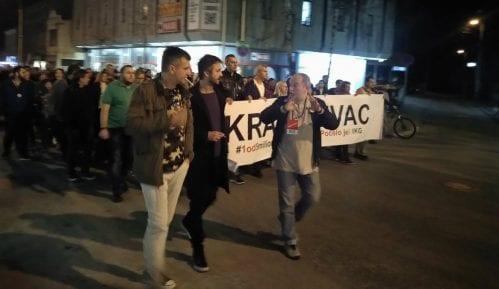 Protest u Kragujevcu: Vlast vodi narod i Srbiju u sunovrat i diktaturu 9