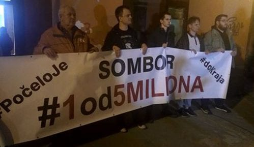 """Protesti """"1 od 5 miliona"""" u više gradova Srbije (VIDEO, FOTO) 13"""